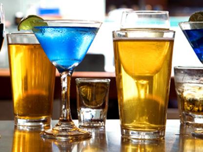Ile kalorii zawiera alkohol