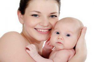 Kobieta z niemowlakiem